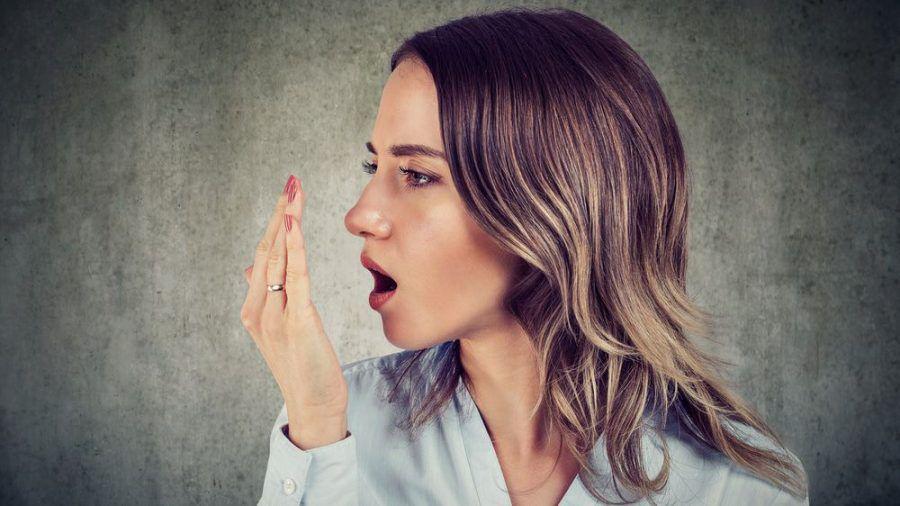 Gegen Mundgeruch gibt es viele Mittel (spot)
