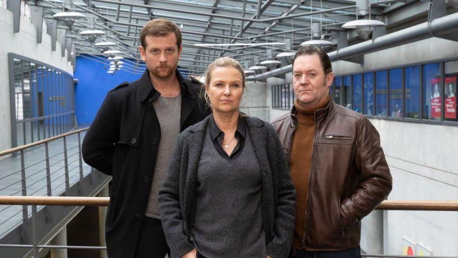 """""""Die Chefin"""": Vera Lanz (Katharina Böhm) kann sich auf Max Murnau (Christoph Schechinger, li.) und Paul Böhmer (Jürgen Tonkel) verlassen. (ili/spot)"""