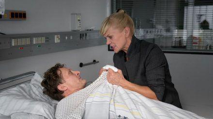 """""""Helen Dorn: Kleine Freiheit"""": Helen Dorn (Anna Loos) ist fest davon überzeugt, dass Ron Faber (Jörn Hentschel) seine Amnesie nur vortäuscht. (cg/spot)"""