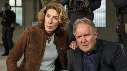 """""""Tatort: Krank"""": Kommissar Moritz Eisner (Harald Krassnitzer) und seine Kollegin Bibi Fellner (Adele Neuhauser) geraten in Lebensgefahr (cg/spot)"""