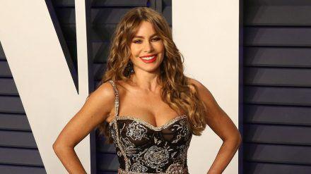 """Sofia Vergara hat sich mit ihren """"Modern Family""""-Co-Stars getroffen. (cos/spot)"""