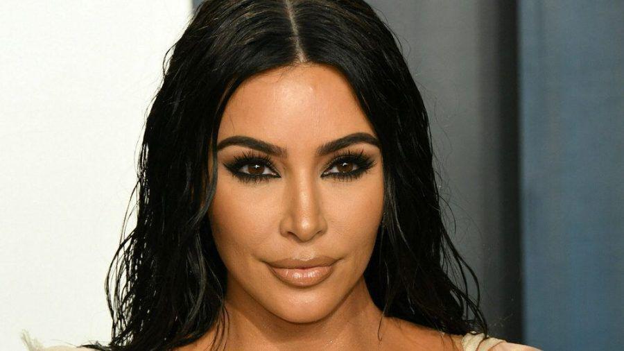 Kim Kardashian sorgt mit neuen Bildern für Gesprächsstoff. (cos/spot)