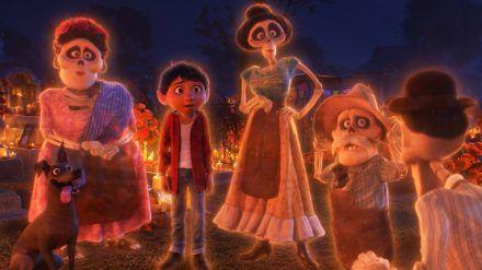 Miguel sieht plötzlich seine toten Verwandten. (cam/spot)