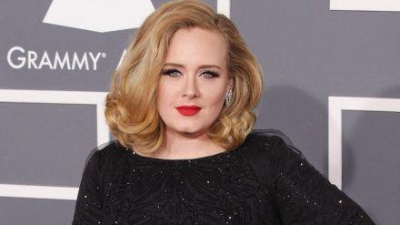 Adele hat sich zu auf Instagram zu Gerüchten um einen Mann an ihrer Seite geäußert. (jom/spot)