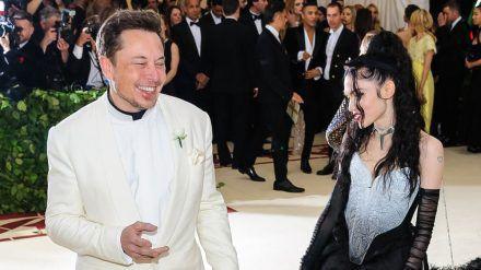 Ein in jeder Hinsicht besonderes Paar: Elon Musk und Sängerin Grimes. (stk/spot)
