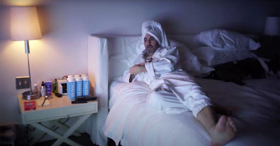 Stardesigner Marc Jacobs gefangen im Hotel: Hier ist der Lockdown-Film!