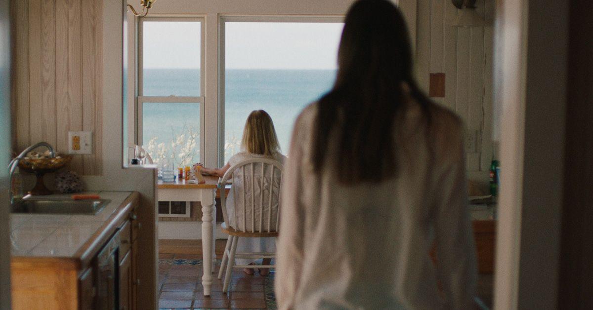"""Preview """"The Beach House"""": Das Geheimnis im leuchtenden Nebel"""