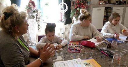 """""""Wollnys"""" im Corona-Choas: Silvia unterrichtet die Kinder - geht das gut?"""