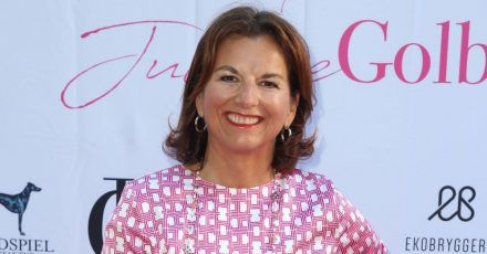 Video: Claudias House of Love: Sind Claudia Obert und Toni ein Paar?