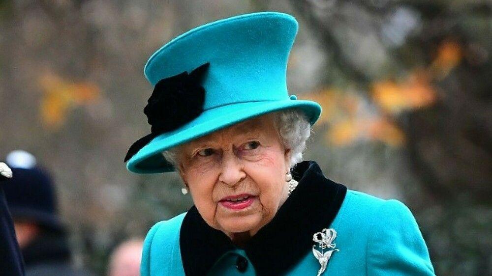 Queen Elizabeth Dankt Ab