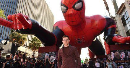 Da war die Welt noch in Ordnung:Tom Holland bei der Weltpremiere von «Spider-Man: Far From Home» in Los Angeles (2019).