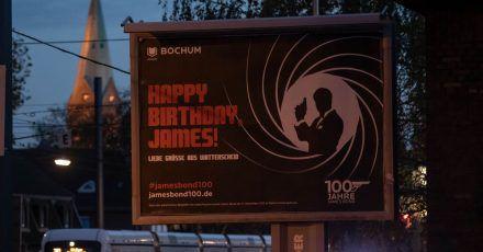 Gratulation in Wattenscheid:«Happy Birthday James».
