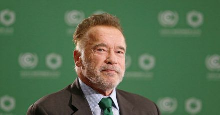 Arnold Schwarzenegger tut Gutes.