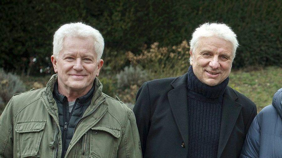 """Die Schauspieler Miroslav Nemec (l.) und Udo Wachtveitl bei den Dreharbeiten zu den Jubiläumskrimis """"Tatort: In der Familie"""" (1 und 2) (amw/ili/spot)"""