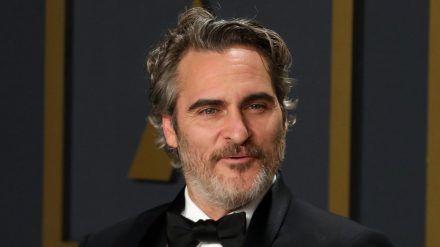Joaquin Phoenix ist Vater geworden. (cam/spot)