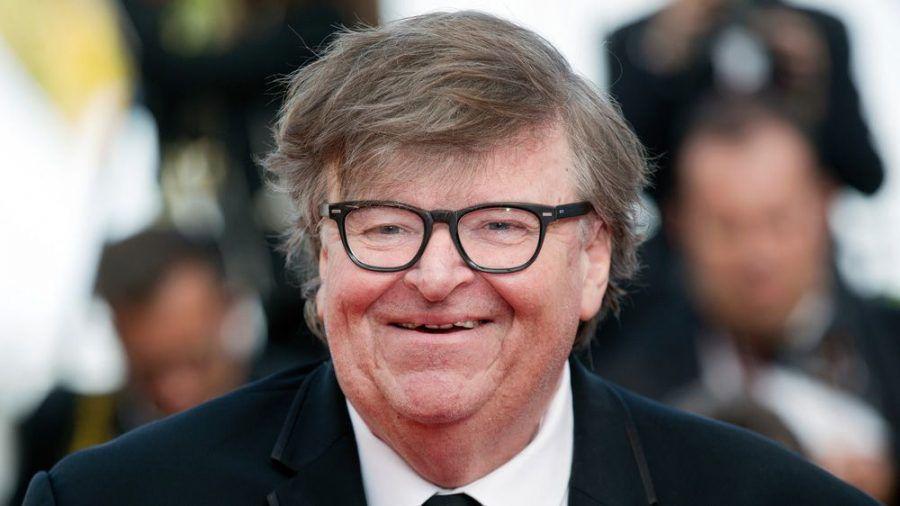 Dokumentarfilmer Michael Moore macht mobil (ves/spot)