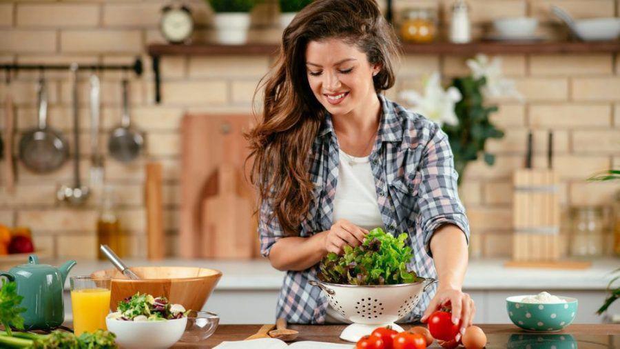 Wer das Rezept vor dem Kochen gründlich liest, spart hinterher viel Zeit. (spot)