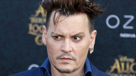 """Johnny Depp wird für den dritten Teil von """"Phantastische Tierwesen"""" angeblich vollständig bezahlt. (cos/spot)"""