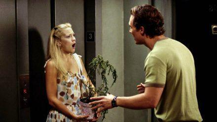 """""""Wie werde ich ihn los - in 10 Tagen?"""": Die zutiefst gekränkte Andie (Kate Hudson) holt den """"Liebesfarn"""" von Ben (Matthew McConaughey) wieder ab. (ncz/spot)"""