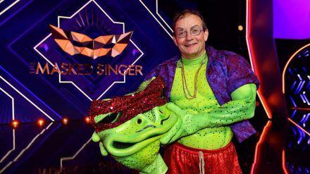 "Wigald Boning performte bei ""The Masked Singer"" als Frosch. (amw/spot)"