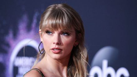 Taylor Swift will ihr Liebesleben aus der Öffentlichkeit heraus halten. (rto/spot)