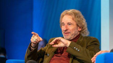 Thomas Gottschalk gibt für eine ARD-Show den Old Shatterhand (dr/spot)