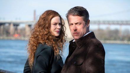 Zwischen das innige Ehepaar Grace (Nicole Kidman) und Jonathan Fraser (Hugh Grant) passt kein Blatt - bis sich eines Tages alles ändert. (stk/spot)