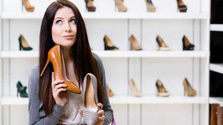 Der Schuhkauf klappt nicht immer (spot)