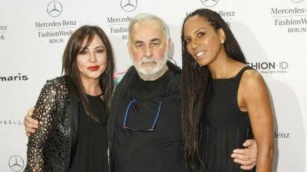 Simone Thomalla (l.) und Barbara Becker pflegten eine langjährige Freundschaft mit Udo Walz. (wag/spot)