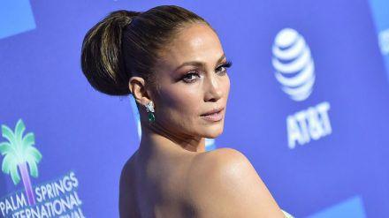 Sängerin Jennifer Lopez weiß ihren Körper gekonnt in Szene zu setzen. (cos/spot)