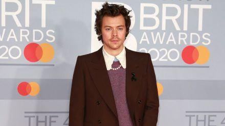"""Harry Styles ist derzeit auf dem Cover der """"Vogue"""" zu sehen. (amw/spot)"""