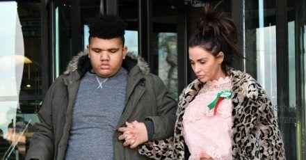 Katie Price in Sorge: Sohn Harvey wiegt 180 Kilo und muss abspecken