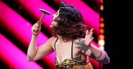 """""""Das Supertalent"""": Lisa haut sich einen Nagel in die Nase"""