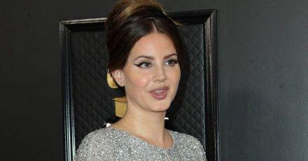Lana Del Rey: Hat sie sich mit Clayton Johnson verlobt?