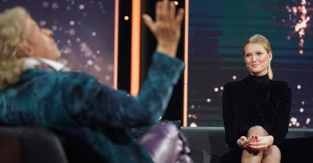 Video: Toni Garrn bei Thomas Gottschalk auf der Couch