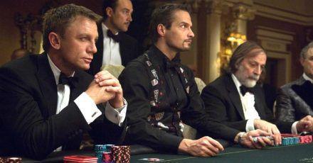 Diese 7 Glücksspiel-inspirierten Filme laufen jetzt auf Netflix