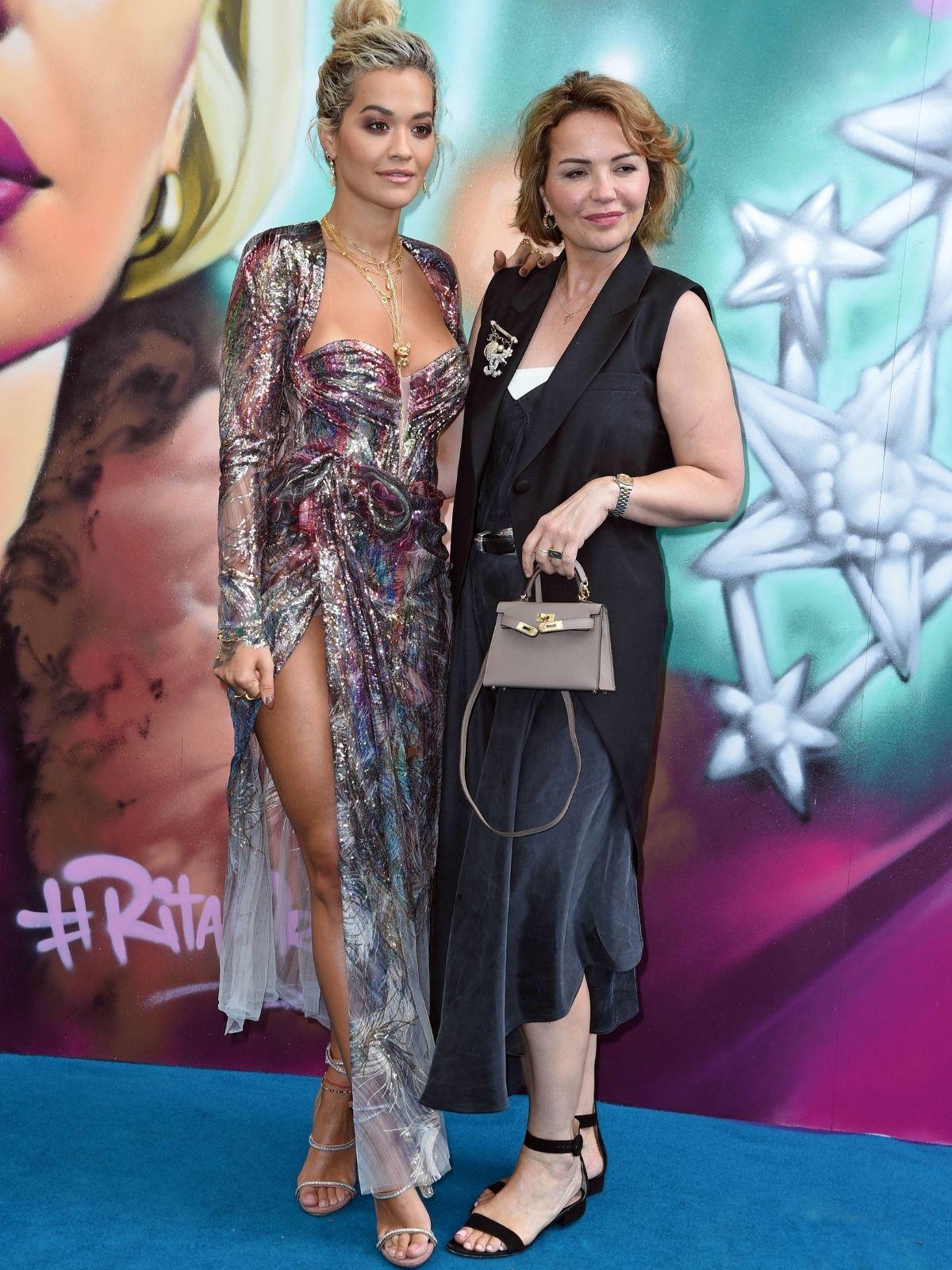 Rita Ora hatte panische Angst vor Brustkrebs