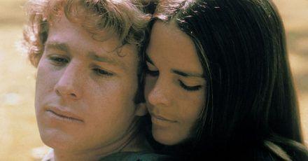 Liebe heißt, niemals um Verzeihung bitten zu müssen:Oliver (Ryan O'Neal)und Jennifer (Ali McGraw).