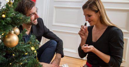Ein Parfüm unterm Baum ist ein tolles Geschenk. Vor allem, wenn es sich um reines Parfüm handelt.