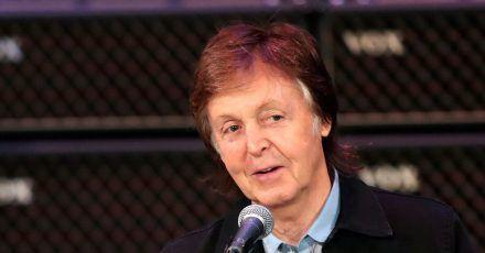 Paul McCartney hat seine angefangenen Songs vollendet.