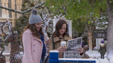 """Lauren Graham (l.) und Alexis Bledel sind die """"Gilmore Girls"""". (cam/spot)"""