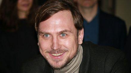 """Lars Eidinger wird für die Salzburger Festspiele zu """"Jedermann"""". (dr/spot)"""
