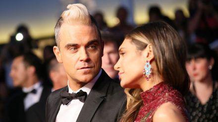Robbie Williams und seine Ehefrau Ayda Field vor der Corona-Krise (wue/spot)