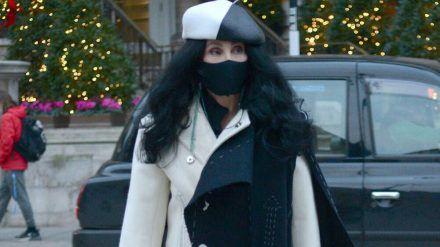 Cher auf dem Weg zu den BBC-Studios. (jom/spot)