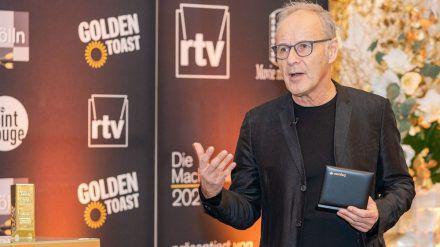 Reinhold Beckmann wird für sein soziales Engagement in der Corona-Krise geehrt. (spot)
