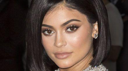 Kylie Jenner nahm in diesem Jahr rund 480 Millionen Euro ein. (dr/spot)