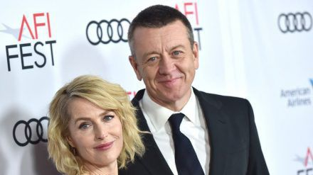 """""""The Crown""""-Star Gillian Anderson und Drehbuchautor Peter Morgen gehen angeblich getrennte Wege. (ncz/spot)"""
