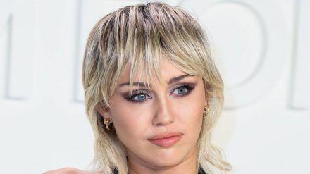 Miley Cyrus hat etwas für ihren Kollegen Harry Styles übrig. (rto/spot)