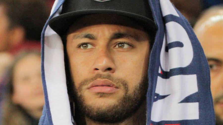 Hält sich angeblich nicht an Corona-Maßnahmen: Fußballstar Neymar. (cos/spot)