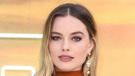 "Margot Robbie 2019 bei der Premiere von ""Once Upon A Time... In Hollywood"" in London. (wag/spot)"
